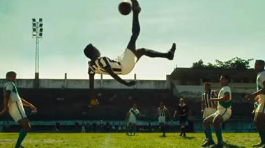 Película de 'Pelé' presenta su primer tráiler
