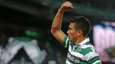 Teófilo vuelve a anotar doblete con el Sporting