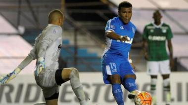 Con gol de Roger Martínez, Racing vence al Deportivo Cali