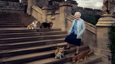 La reina Isabel II es retratada por Annie Leibovitz en su cumpleaños