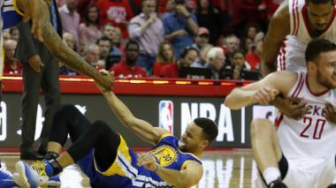 Los Warriors no podrán contar con Curry durante 2 semanas