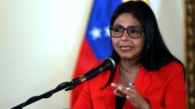 Ministra de Venezuela tomará 'acciones' contra Álvaro Uribe