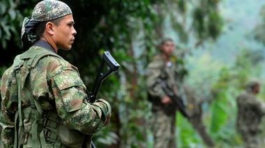 """Farc entregó siete guerrilleros al ejército por """"indisciplinados"""""""