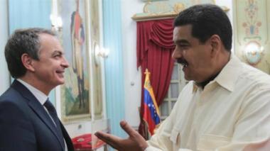 El presidente de Venezuela, Nicolás Maduro, juanto al expresidente español, José Luis Rodríguez Zapatero.