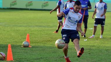 El delantero antioqueño Jorge Aguirre será uno de los elementos que utilizará hoy el DT Alexis Mendoza en el frente de ataque. Compartirá posición con Édinson Toloza.