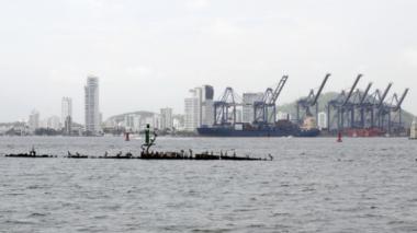 Las autoridades locales extremaron la prohibición de pescar en zona insular.