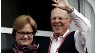 Kuczynski mantiene una ventaja de 55.259 votos frente a Fujimori