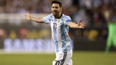 Lionel Messi brilla y Argentina golea 5-0 a Panamá