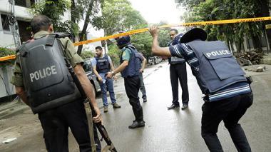 Ataque yihadista en Dacca causa 28 muertos, la mayoría rehenes extranjeros