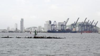 Anuncian protesta de pescadores en canoas por contaminación de la bahía de Cartagena