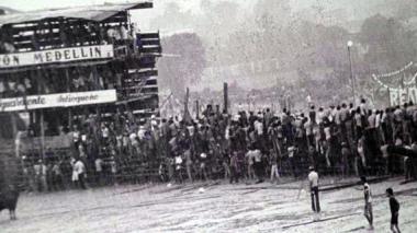 Foto captada minutos después de la caída de las corralejas el 20 de enero de 1980.