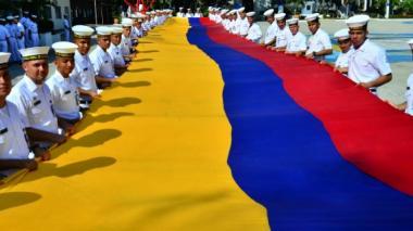 Cartagena desfila por la paz