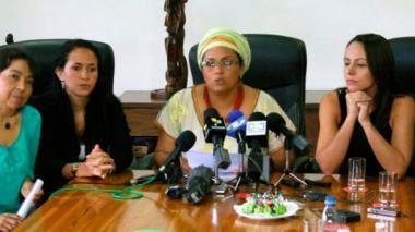 Concluye revisión e incorporación del enfoque de género a los acuerdos de paz