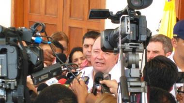 Mindefensa dice que falta poco para que se normalice la situación tras acuerdo final del paro camionero