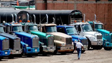 Gobierno y camioneros llegan a un acuerdo para levantar el paro
