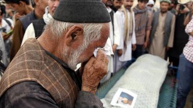 Afganistán honra a sus mártires mientras clama venganza