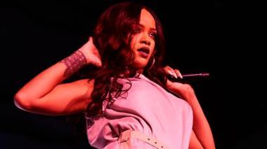 """""""No quiero verlos atrapando Pokémones en mi concierto"""": Rihanna"""