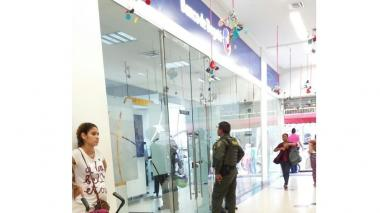 Sede del Banco de Bogotá ubicado en el centro comercial