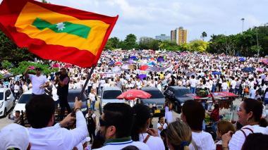 """Rectores califican como """"excelente"""" marcha en favor de la familia, y LGBTI cuestionan ofensas"""