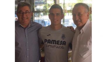 El delantero barranquillero Rafael Santos Borré jugará cedido en el Villarreal
