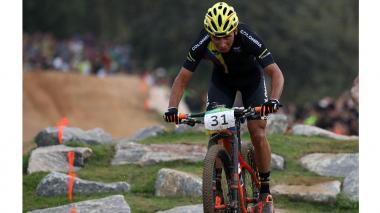 Jhonnatan Botero se destaca en Río y logra diploma olímpico en el ciclismo de montaña