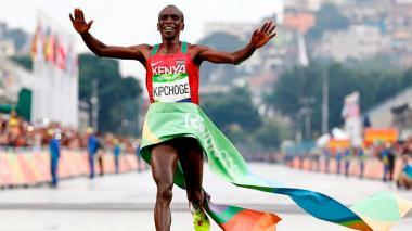 El keniano Kipchoge gana la maratón masculina en Río