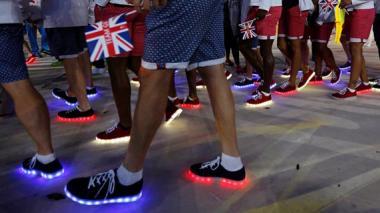 Los zapatos led que causaron sensación en la clausura de los Juegos