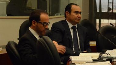 Jorge Pretelt, magistrado de la Corte Constitucional, junto a su abogado, Abelardo de la Espriella.