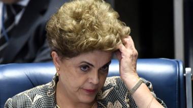 Dilma Rousseff mantiene los derechos políticos
