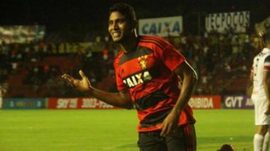 Así festejó Ruiz su primer gol en el fútbol  brasilero.