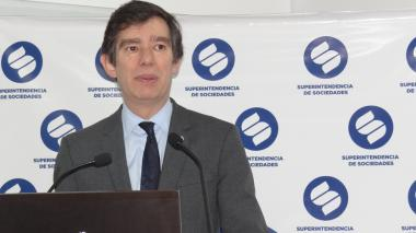 Francisco Reyes, superintendente de sociedades.