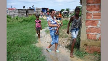 Damnificados por lluvia de esta madrugada piden ayuda a las autoridades