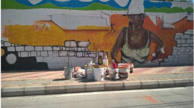 Pintan mural de 384 metros en el sitio donde cayó