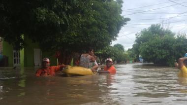 El municipio de Aracataca se inundó después del desbordamiento del río Aracataca el domingo pasado.