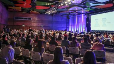 Una de las conferencia dictadas durante el Foro de Estrategia 2016 en Medellín.