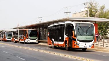Entregan 30 nuevos buses para reforzar rutas de Transcaribe
