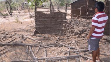 Imagen de casas abandonadas en la comunidad La Chancleta, en La Guajira.
