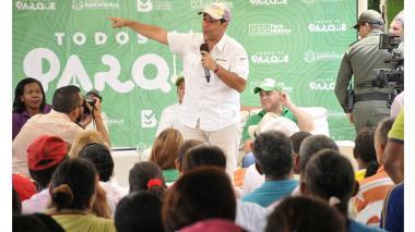 El alcalde Alejandro Char anunciando el inicio del parque.
