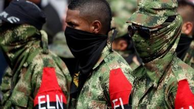 Tres soldados heridos deja ataque del ELN con explosivos en este de Colombia