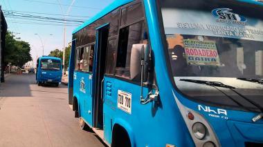 Con sueldo a choferes, Alcaldía buscan frenar 'guerra del centavo' en Santa Marta