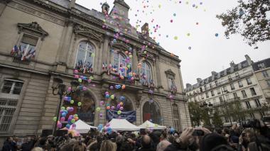 Francia conmemora atentados de París consciente de que la amenaza durará