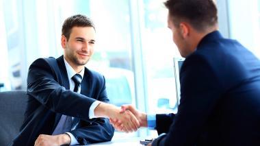 Empleados sin contrato fijo son más vulnerables que los que sí lo tienen: OIT