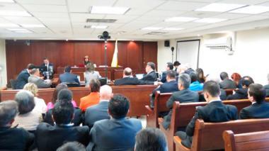 Laura Moreno sabe quién causó las heridas cortantes a Colmenares: fiscal