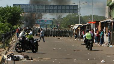 Colombia solicita reunión con embajador de Venezuela por crisis fronteriza