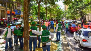 En la mañana de este martes 80 facilitadores hicieron presencia en el Paseo Bolívar.