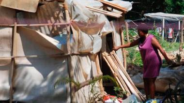 En 5 años, la tasa de pobreza se redujo del 40 al 27%: Santos