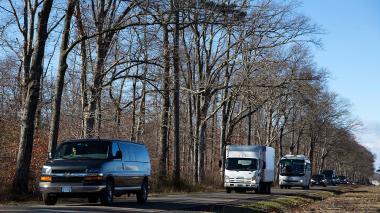 Diplomáticos rusos expulsados por Obama salen de Estados Unidos