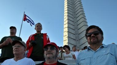 Las Farc se suman a desfile en honor a Fidel en La Habana