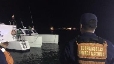 Armada auxilia a 37 turistas que estaban a la deriva en mar de Cartagena