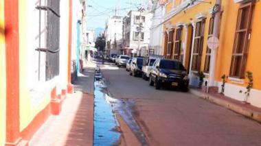 Aguas negras en las calles de Santa Marta.